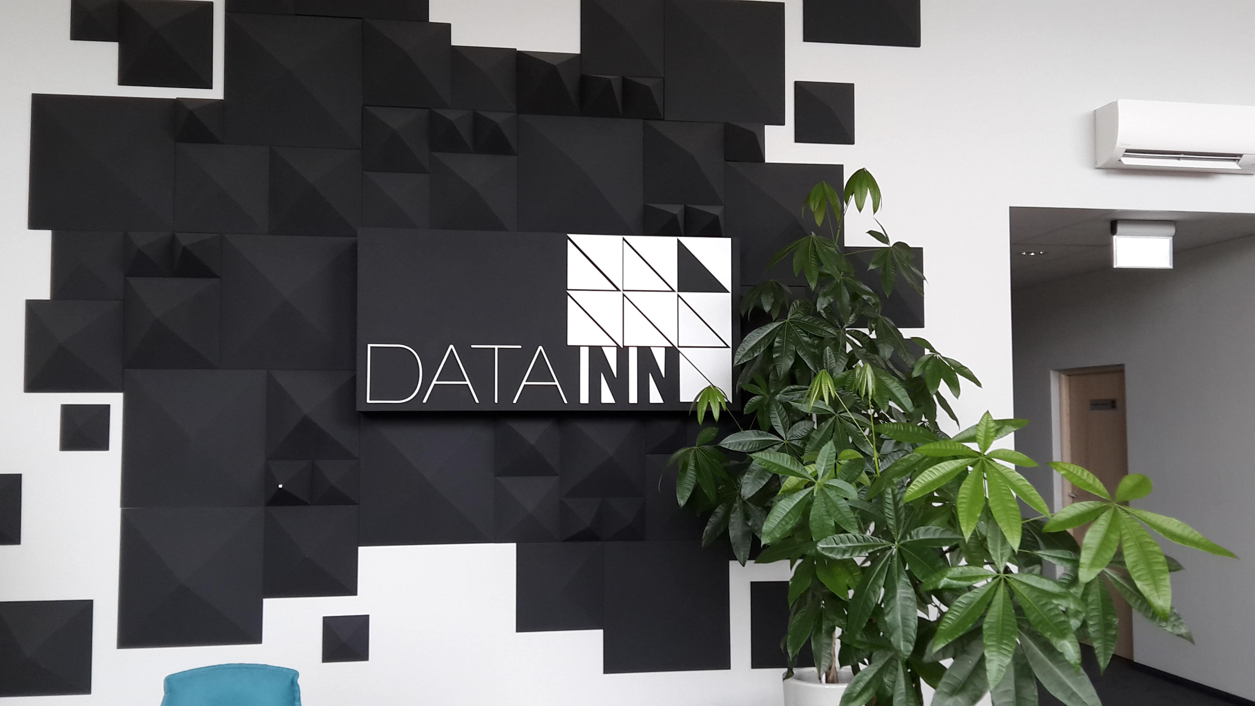 DATA INN 0